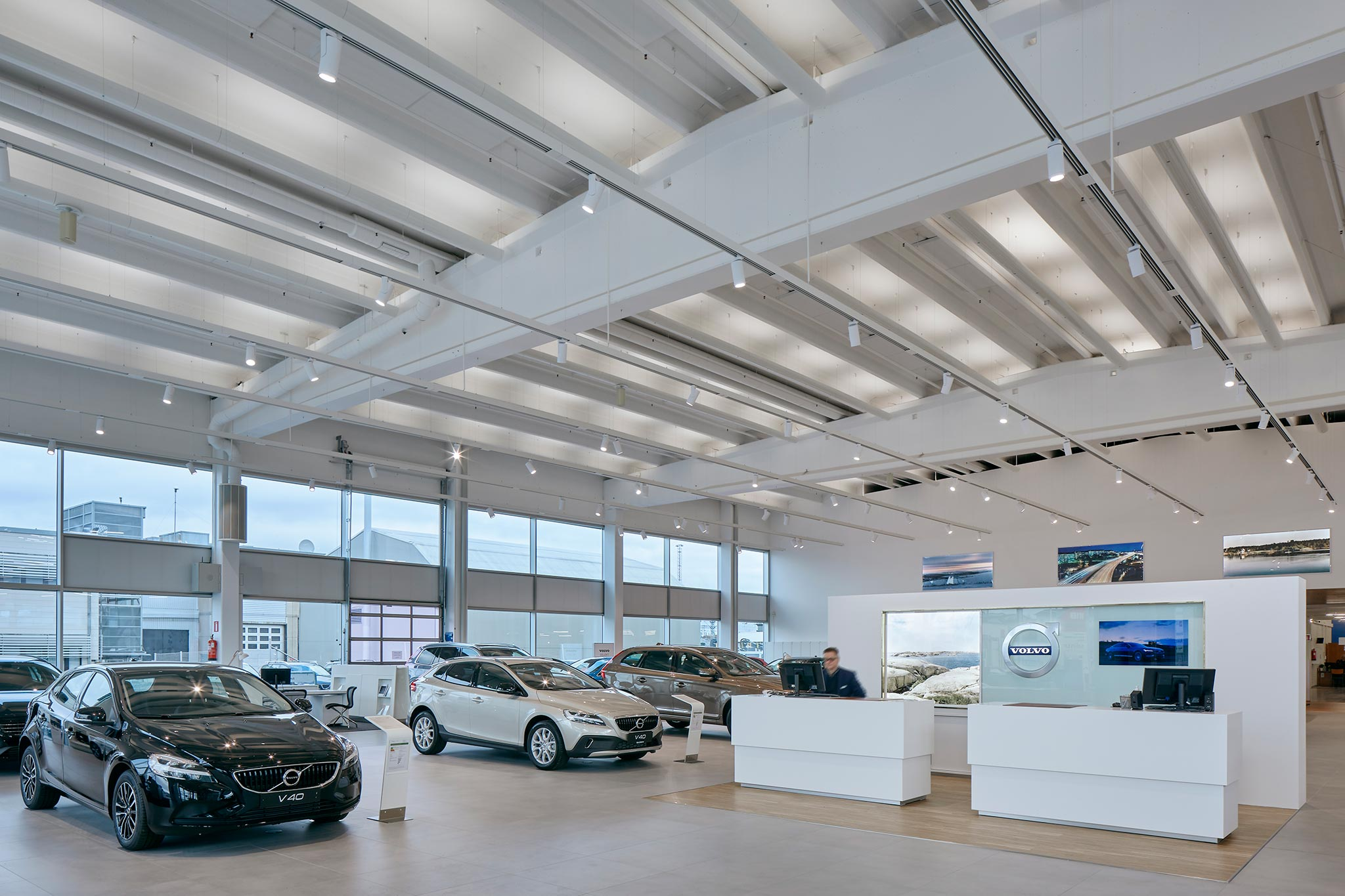 Volvo Showroom, Tampere (Fi) image 2